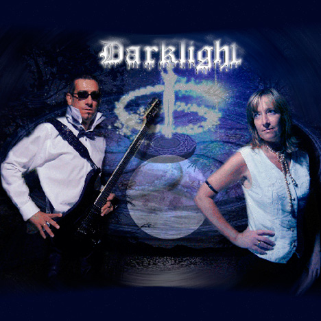 http://www.fuelrecords.it/public/wp-content/uploads/2014/03/darklight2.jpg